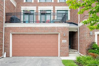 West Bloomfield Condo/Townhouse For Sale: 4410 Gateway Cir