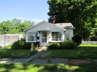 Lenawee County Single Family Home For Sale: 130 W Walnut
