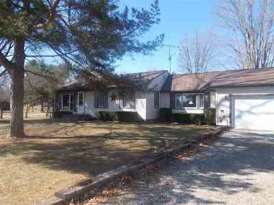 Lenawee County Single Family Home For Sale: 3644 Sharp Road