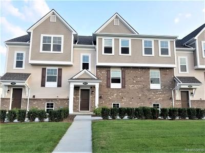 Wixom Condo/Townhouse For Sale: 3123 Chambers West