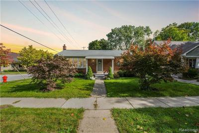 Plymouth Single Family Home For Sale: 796 Ann St