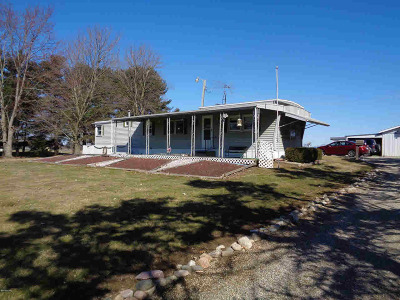 Jonesville Single Family Home For Sale: 4350 North Adams Rd