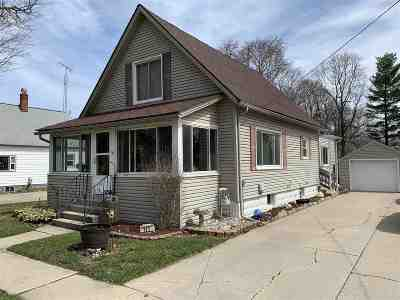 Onsted Single Family Home Contingent - Financing: 111 Greenleaf St