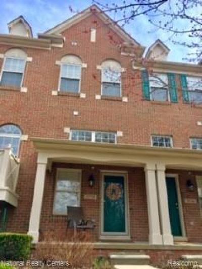 Northville Condo/Townhouse For Sale: 39798 Rockcrest Cir