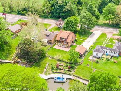 Single Family Home For Sale: 43260 E Huron River Dr