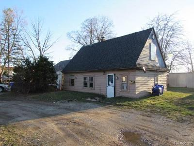 Single Family Home For Sale: 33071 Garfield Rd