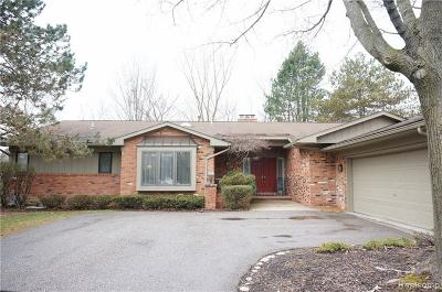 West Bloomfield Condo/Townhouse For Sale: 6340 Drakeshire Ln