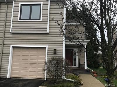Ann Arbor Condo/Townhouse For Sale: 1320 Patricia Ave