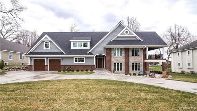 West Bloomfield Single Family Home For Sale: 2923 Birch Harbor Ln