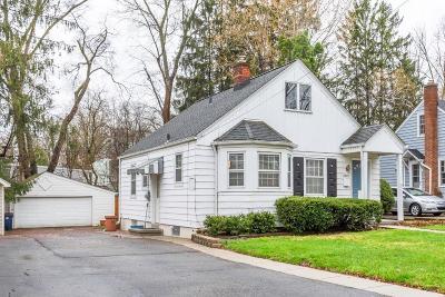 Ann Arbor Single Family Home For Sale: 1805 Charlton St