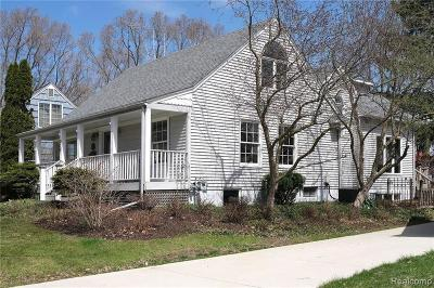 Ann Arbor Single Family Home For Sale: 920 Duncan St