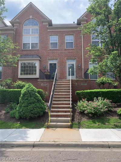 Northville Condo/Townhouse For Sale: 39433 Springwater Dr