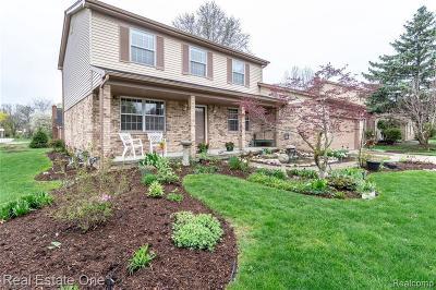 Farmington Hill Single Family Home For Sale: 25495 Ranchwood Dr