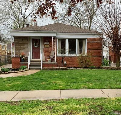 Oak Park Single Family Home For Sale: 14021 Elgin St