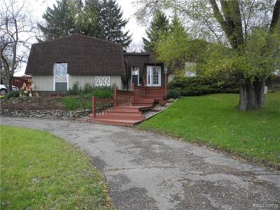 West Bloomfield Single Family Home For Sale: 2633 Bay Dr