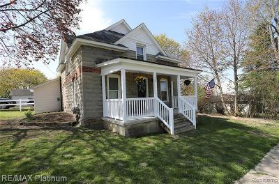 Addison Single Family Home Contingent - Financing: 123 E Main St