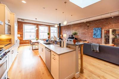Ann Arbor Condo/Townhouse For Sale: 115 W Liberty St