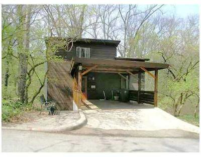 Ann Arbor Single Family Home For Sale: 20 Harvard Pl