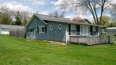 Osseo Single Family Home For Sale: 2893 Lake Ave