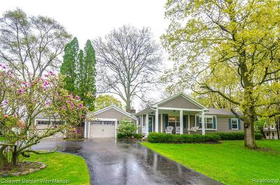 West Bloomfield Single Family Home For Sale: 5735 Middlebelt Rd