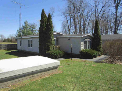 Osseo Single Family Home For Sale: 3435 Pioneer Rd