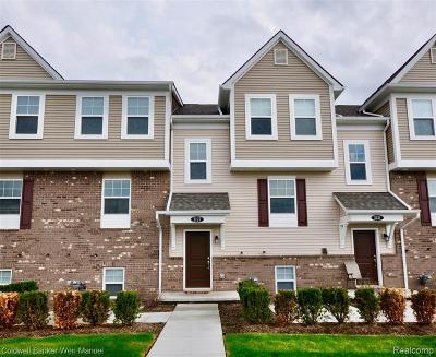 Wixom Condo/Townhouse For Sale: 3127 Chambers
