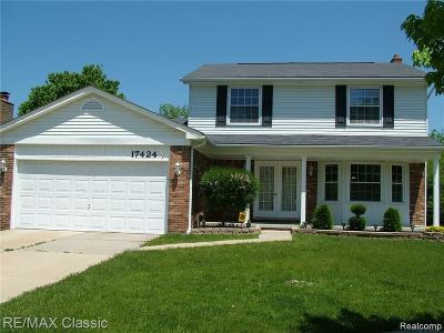 Livonia Single Family Home For Sale: 17424 Brookview Dr