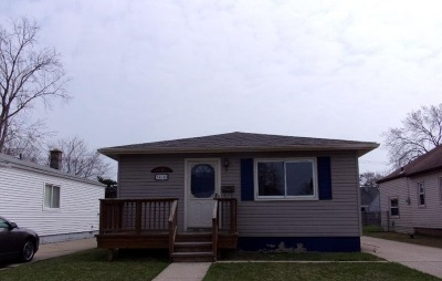 Single Family Home For Sale: 24640 Stewart Ave