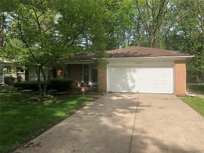 Southfield Single Family Home Contingent - Financing: 28950 Monterey Dr