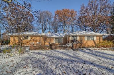 Farmington Hill Single Family Home For Sale: 35166 Muer Pl