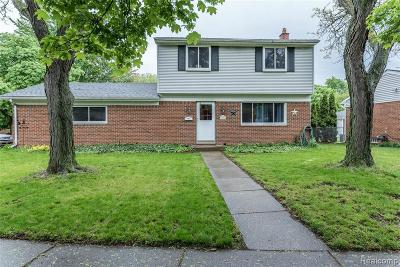 Plymouth Single Family Home For Sale: 11200 Terry St