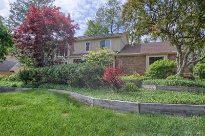 Farmington Hill Single Family Home For Sale: 29469 Arlington Way