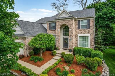 Single Family Home For Sale: 199 E Elizabeth St