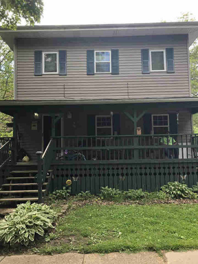 Albion Single Family Home For Sale: 612 S Eaton St
