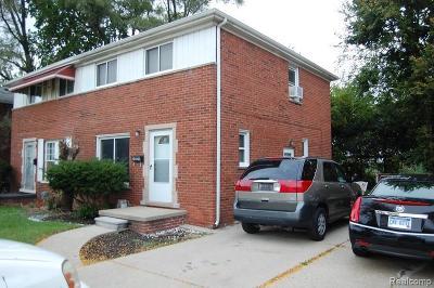 Oak Park Single Family Home For Sale: 24070 Coolidge Hiwy