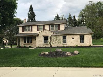 Novi Single Family Home For Sale: 22480 Alton Crt
