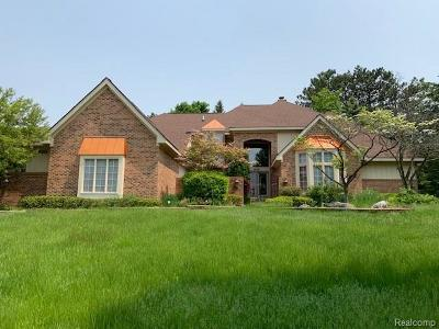 Single Family Home For Sale: 6351 Cherry Tree Crt