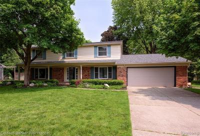 Farmington Hill Single Family Home For Sale: 29870 Fox Grove Rd