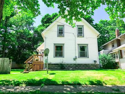 Lansing Single Family Home For Sale: 406 S Hayford Ave