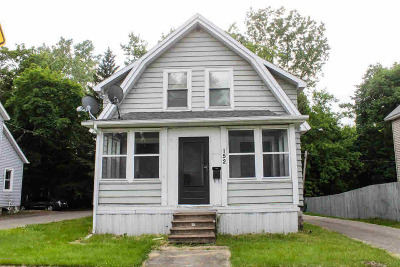 Hillsdale Single Family Home For Sale: 152 N West St