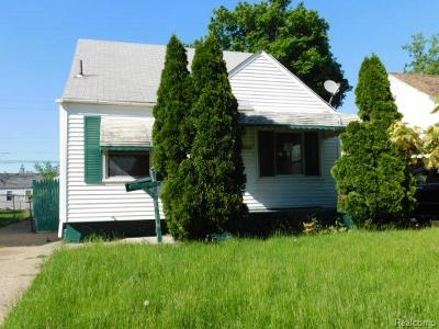 Single Family Home For Sale: 862 Farnham Ave