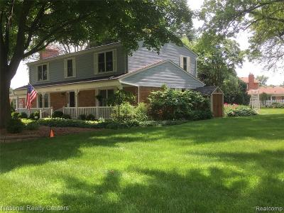 Plymouth Single Family Home For Sale: 13274 Drury Ln
