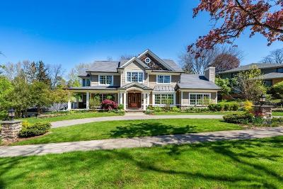 Ann Arbor Single Family Home For Sale: 618 Stratford Dr