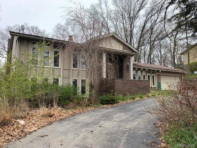 Single Family Home For Sale: 4592 Rolling Ridge Rd