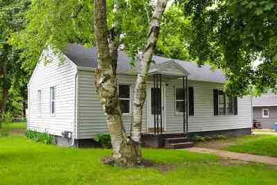 Lenawee County Single Family Home For Sale: 113 Bartlett