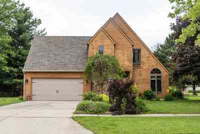 Lenawee County Single Family Home Contingent - Financing: 1401 Sauk Trail