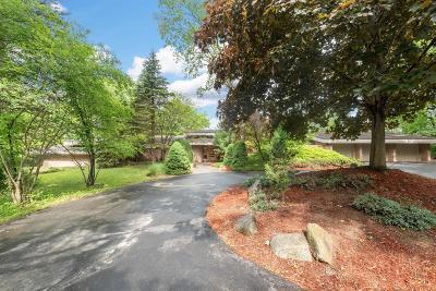 Ann Arbor Single Family Home For Sale: 4955 Red Fox Run