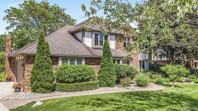 Farmington Hill Single Family Home For Sale: 39284 Heatherbrook Dr