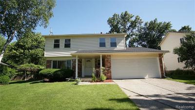 Novi Single Family Home Contingent - Financing: 42560 Cherry Hill Rd