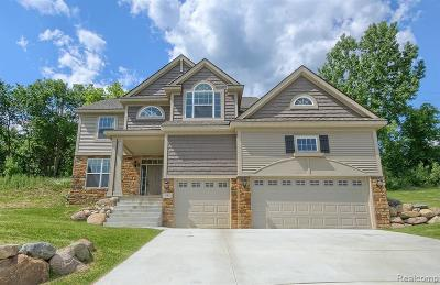 Milford Single Family Home For Sale: 554 Napa Valley Dr